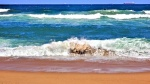Breaking Waves and Ships 9152 R.jpg